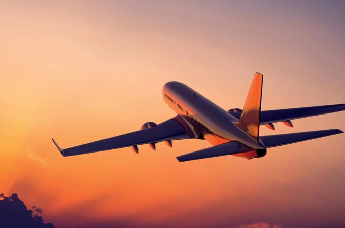 El coronavirus puede reducir el costo de boletos de avión