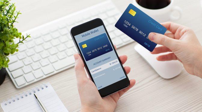 Tarjeta de crédito en línea: Cómo usarla